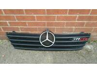 grill Mercedes benz 311dci front grill!can deliver or post.! Thank you