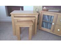 Oak effect nest of tables (3)