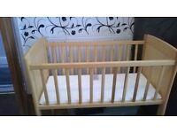Crib with unused mattress