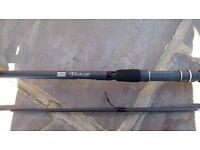 shakespeare velor 3.6 m carp rod 2.5lb test curve