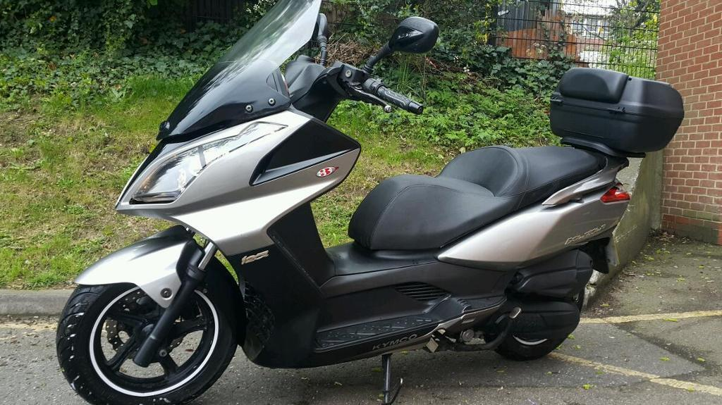 ענק Kymco downtown 125 i Abs maxi scooter | in North London, London KX-35