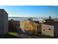 One bed furnished flat in Menzieshill - great views - quiet block
