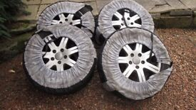 AUDI Q7 WINTER TYRES WITH WHEELS x 4 DUNLOP 235/60R18 107H