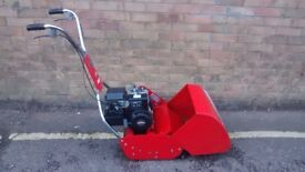 ROVER PETROL CYLINDER LAWNMOWER SELF PROPELLED WITH REAR ROLLER
