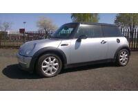 Mini Hatch Cooper: +1 Year MOT, Sunroof, REDUCED PRICE.