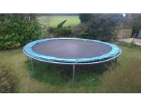 GREAT FOR SUMMER .....14FT HIGH QUALITY HEAVY DUTY TRAMPOLINE