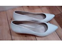 Bridal leather shoes size 40 (6 1/2)