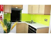 Studio flat in Bravington Road, Queen's Park, London, Greater London, W9
