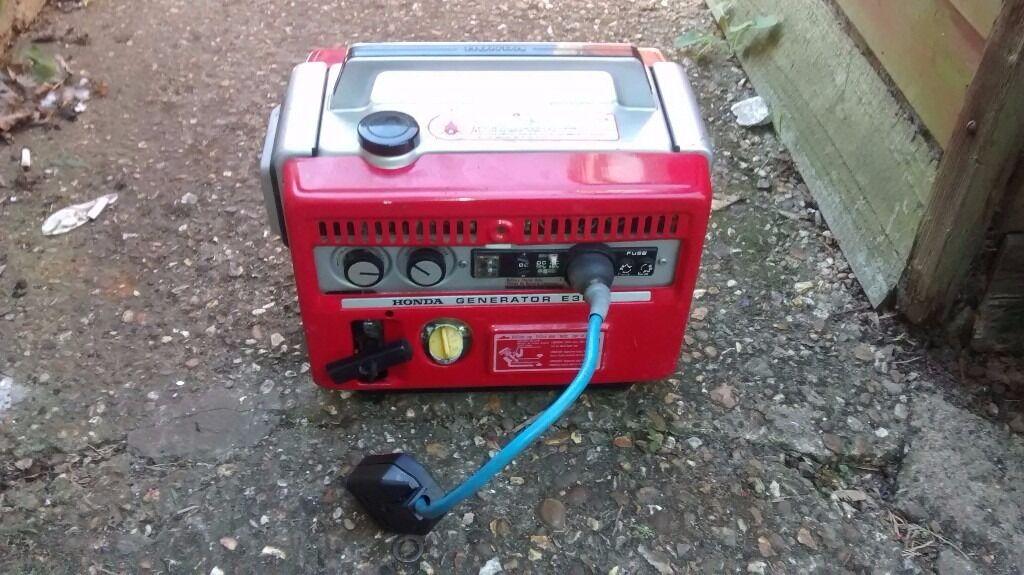 honda e300 petrol suitcase generator camping etc in. Black Bedroom Furniture Sets. Home Design Ideas