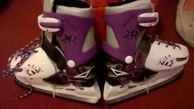 Child's size 11 to 13.5 adjustable ice skates brand new never used