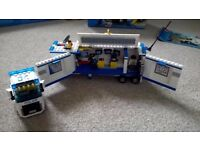Lego police lorry complete set 60044