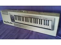 Keyboard 49 note - key studio M audio