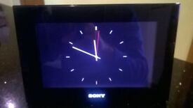 """Sony DPF-70 6"""" Digital Picture Frame in Excellent condition"""