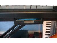 WANTED - Yamaha PSR Keyboard with DISK DRIVE - WANTED.