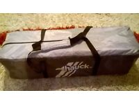 Hauck Travel Cot nearly new seldom used,bargain, smoke and pet free