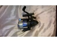 sea fishing reel with 2 spools