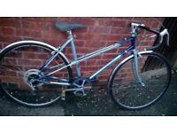 ladies raleigh wisp racer bike 700 wheels