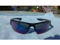 Timberland sunglasses, very good condition, plastic frame and lenses