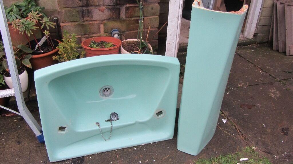 RETRO 1970\'s Royal Venton New Coronet Aqua/Turquoise Pedestal Hand ...