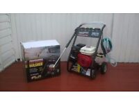 Petrol pressure washer 3600psi 6.5hp brand new and unused still in its box, ready for work can del.