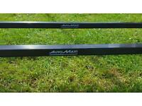 Ford focus 2005-2011 roof bars nd fixing kit