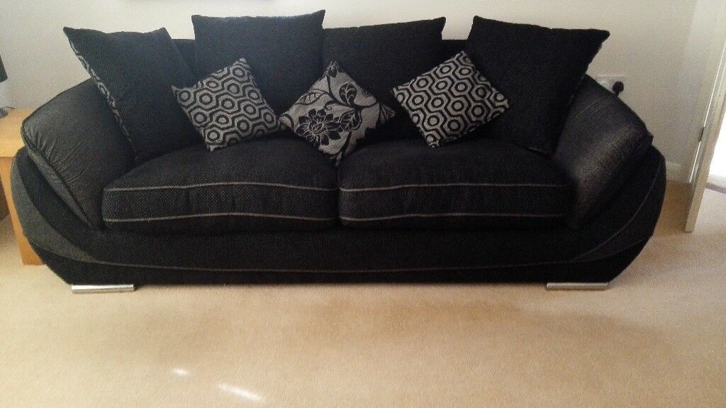 Lounge Suite : 3 seater couch and oversized armchair