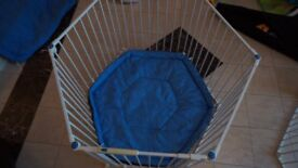 Lindam Safe And Secure Playpen With Soft Mat Good Condition