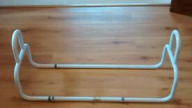 Bed width stick aid
