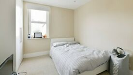 Fresh Double Room in Fullham area
