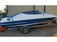 Bayliner capri speed boat
