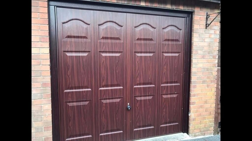 Fully Electric and manual garage door