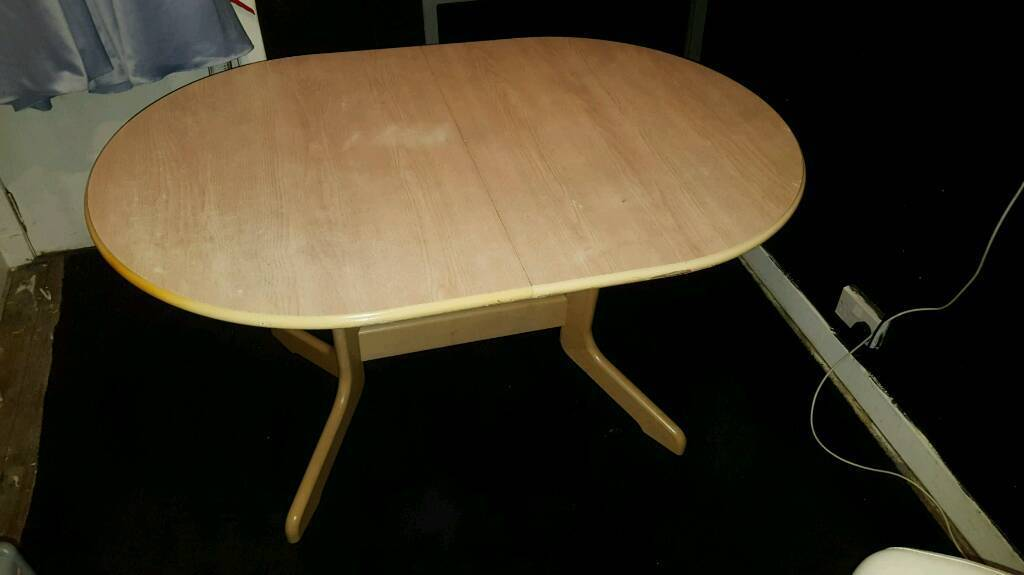 Adjustable dining table (no chairs)