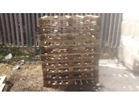 used pallets 4 x 4 light weight firewood