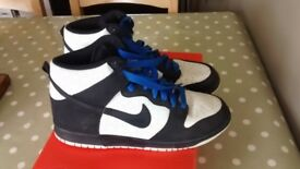Nike High Tops, men's size 8 in really good condition. From a smoke free home.