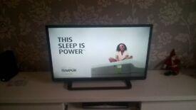 "Toshiba 32"" slim LCD TV"