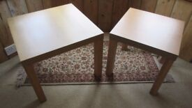 Side/coffee tables, set of two.