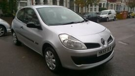 RENAULT CLIO 1.4 16v EXPRESSION 2006 55 REG MET SILVER 3 DOORS 5 SPEED MANUAL PAS A/C 63K SUPERB