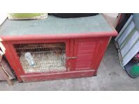 Rabbit Hutch with Lift up top