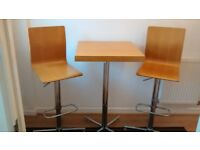 SCANDINAVIAN STYLE COUNTER TABLE AND GAS LIFT HEIGTH ADJUSTABLE STOOLS
