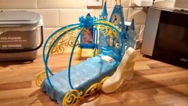 Cinderella's Dream Bedroom playset