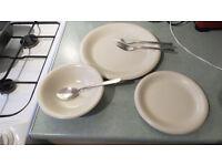 set of plates: 18 pcs