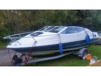 Speed boat bayliner capri