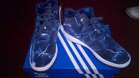 Adidas Originals Mens Veritas Mid Lightning Hi-Tops Dark Blue/White uk size 9.5