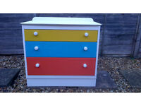 WHITE 3 DRAWER UNIT WITH BRIGHT COLOURED DRAWERS – W79 X D41 X H74 CM - £20