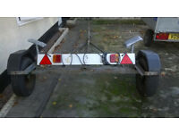 Robust dinghy trailer with lighting board