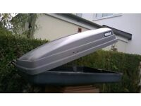 THULE ROOF TOP BOX IDEAL CAR BOOTERS , HOLIDAYS ECTWITH FIXING BRACKETS AND KEY