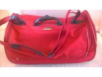 RED 'SAMSONITE' HOLDALL - VERY GOOD MAKE, WELL MADE, STRONG