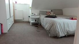 Lee Beautiful master room with own bathroom £600 pcm plus bills