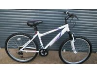 APOLLO JEWEL LIGHTWEIGHT ALUMINIUM BIKE IN MACULATE, NEW CONDITION. (SUIT TEENAGER / SMALL ADULT).
