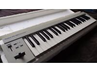 Roland Pc 180 - Midi Keyboard + Case + MIDI to USB cable